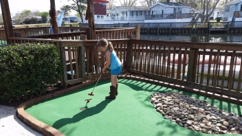 Lakewood Mini Golf