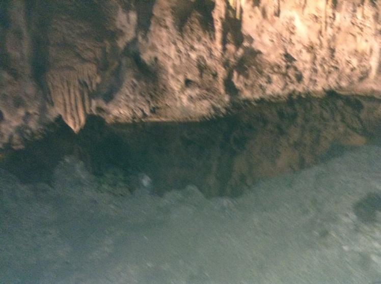 ellies-cave-pool