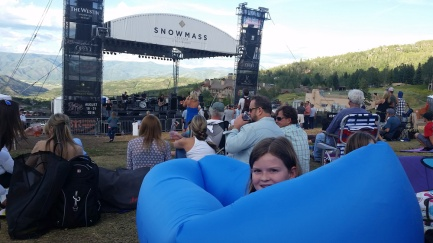 InflatableChairFreddyJonesBand
