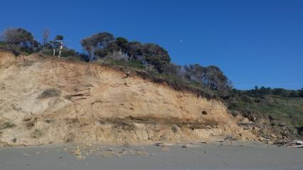 Oregon-Coast-Beach-Cliff