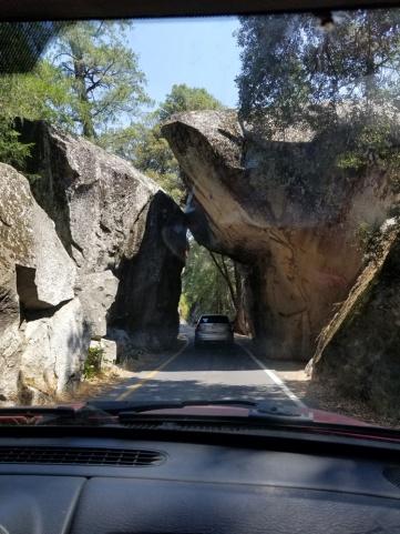 YosemiteRockTunnel